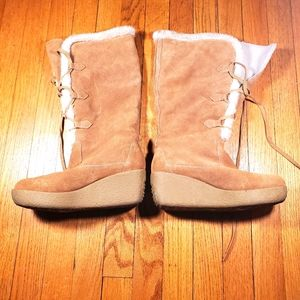Micheal kors boots lace up heeled swayed size 7.5